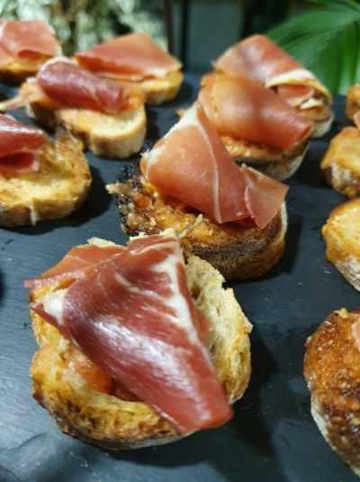 Serrano/tomate fraiche/ail